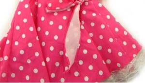 roze jurk met witte stippen
